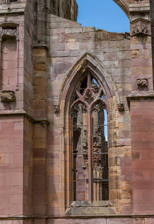 Arkitektoniska detaljer av Melroseabbotskloster arkivfoto