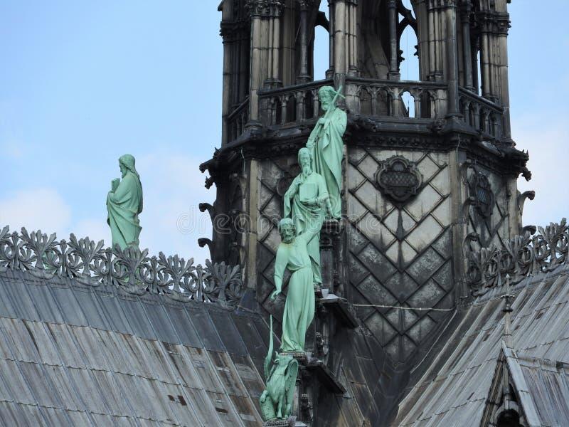 Arkitektoniska detaljer av Notre Dame de Paris Notre Dame Cathedral - den mest berömda gotiska Roman Catholic Cathedral 1163-1345 arkivfoto