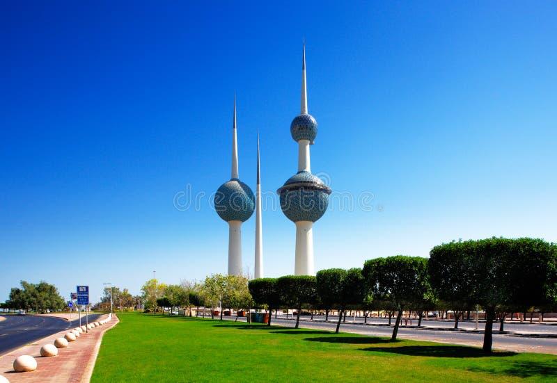 Arkitektoniska symboler av Kuwaitet City royaltyfria bilder