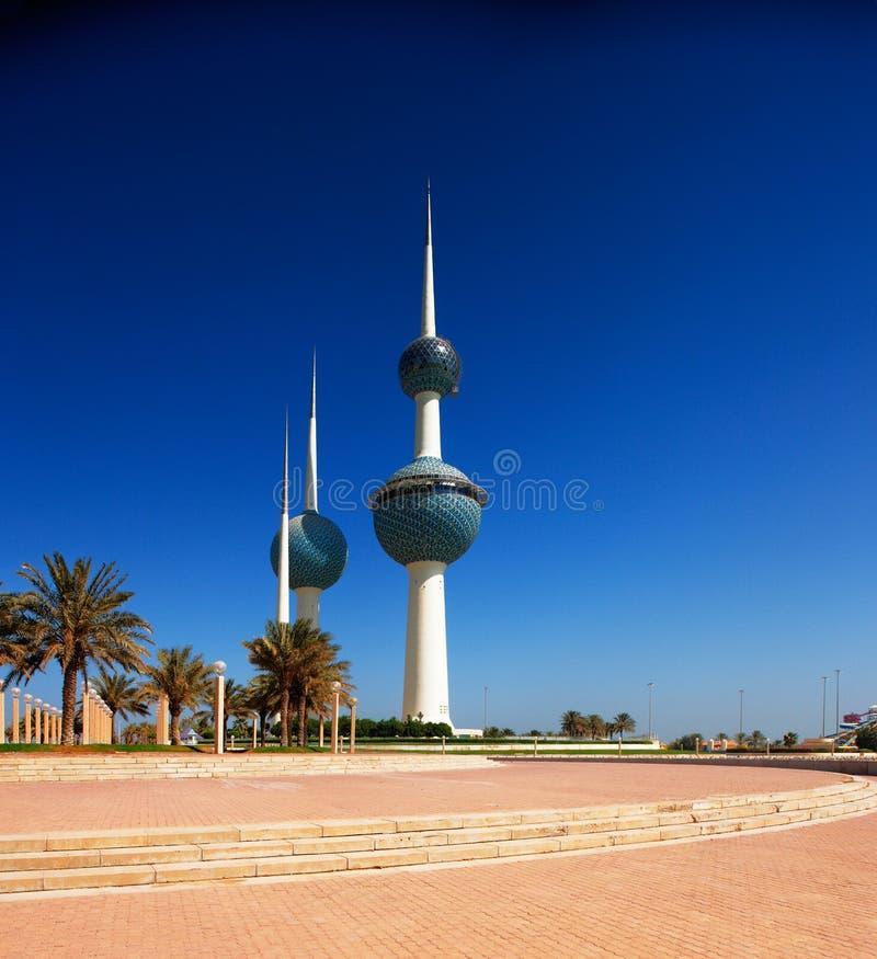 Arkitektoniska symboler av Kuwaitet City fotografering för bildbyråer