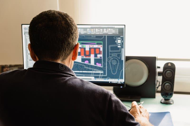 Arkitektteckning med CAD-programvara som planlägger byggnad fotografering för bildbyråer