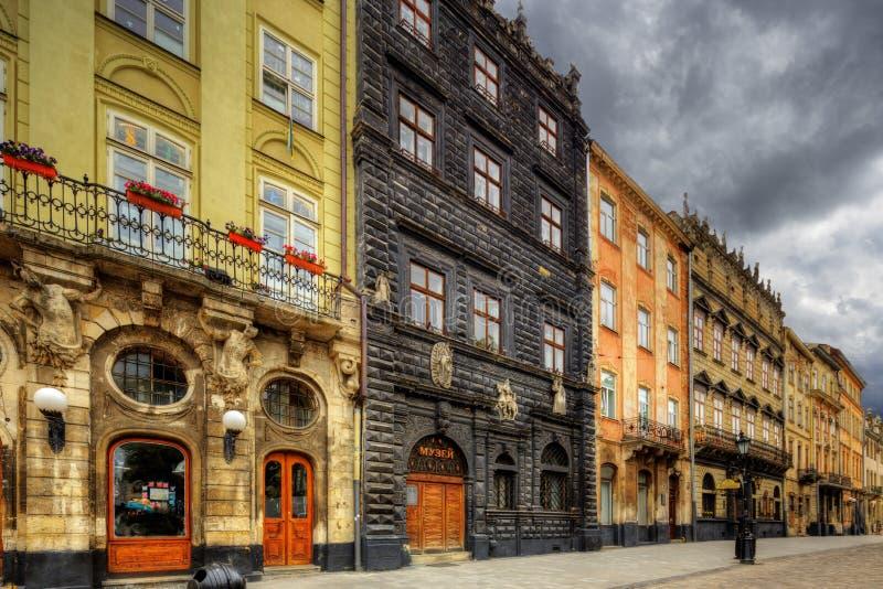 Arkitektur av Lviv ukraine royaltyfri bild