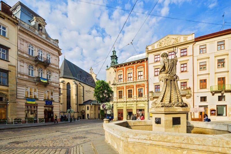 Arkitektur av Lviv ukraine arkivbilder