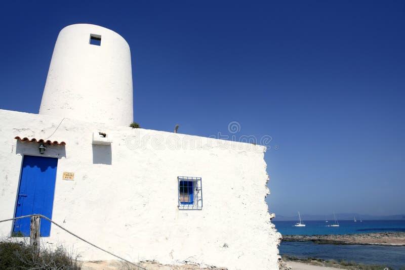 arkitektur Balearic Island mal white royaltyfri foto