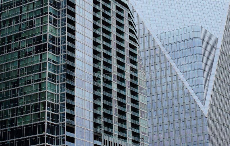 arkitekturbyggnadsexponeringsglas royaltyfria foton