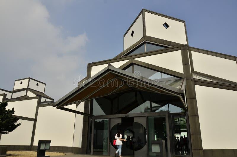 Arkitekturen av det Suzhou museet på Suzhou, Kina royaltyfri bild