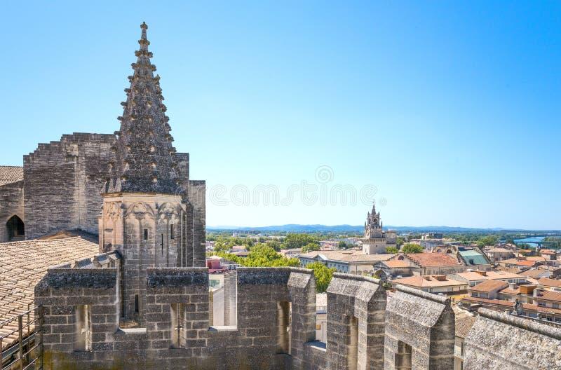 Arkitekturer och monument av Avignon royaltyfri bild