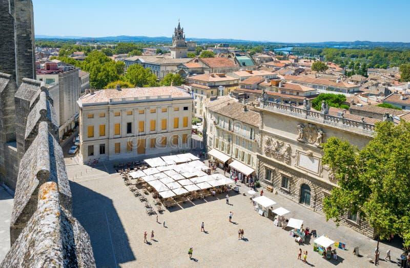 Arkitekturer och monument av Avignon royaltyfria foton
