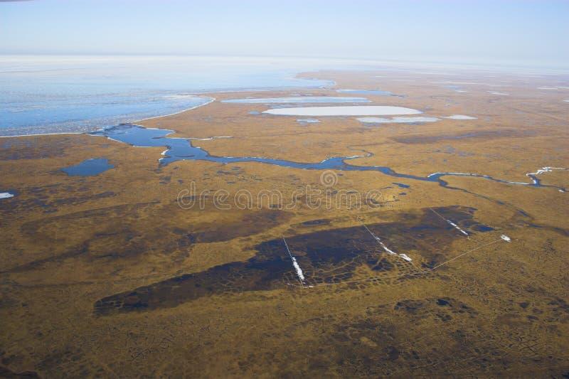 Arktische Tundra von der Luft lizenzfreies stockfoto
