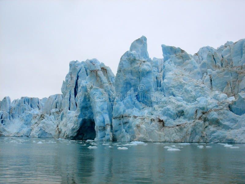 Arktischer Eisberg stockfotos