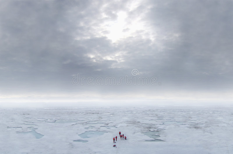 arktisken clouds ishavet arkivbild