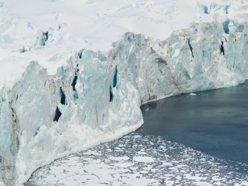 arktiskt glaciärishav arkivbild