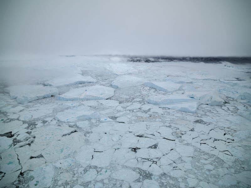 Arktiskt isberg i Ilulissat i det arktiska havet arkivfoto