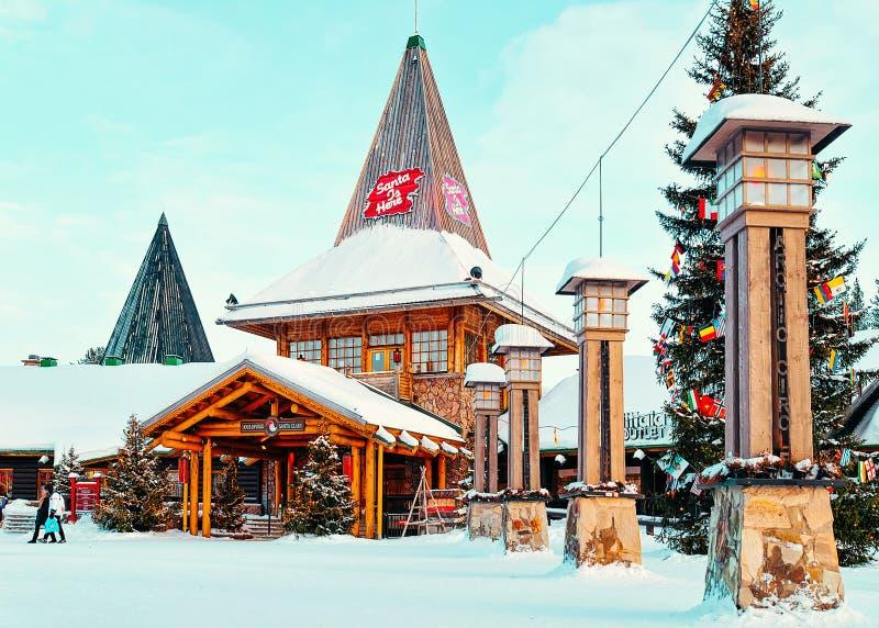 Arktycznego okręgu lampiony w Santa biurze przy Santa wioską Lapland obraz royalty free
