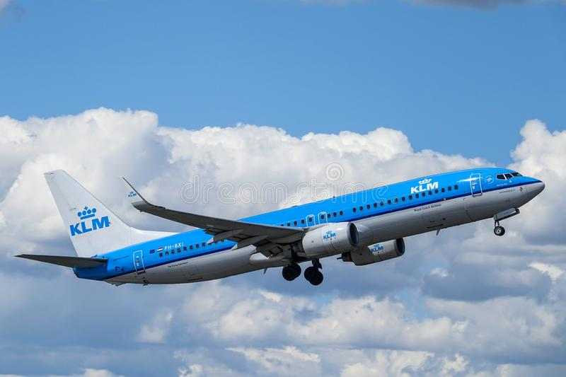 KLM Royal Dutch Airlines, Boeing 737 - 800 take off stock photos