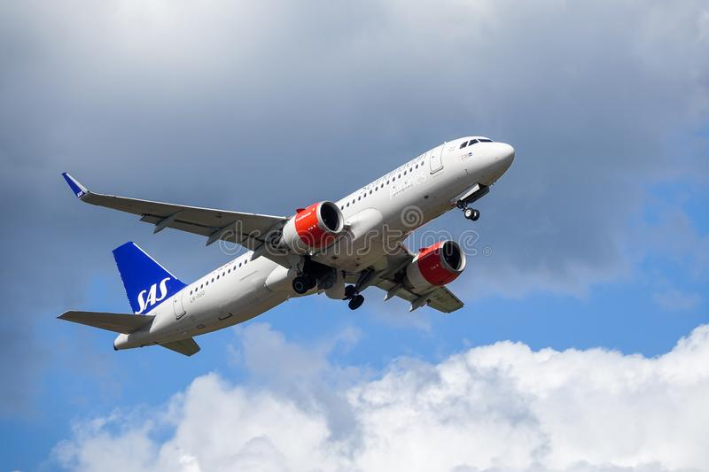 SAS Scandinavian Airlines, Airbus A320 neo take off royalty free stock images