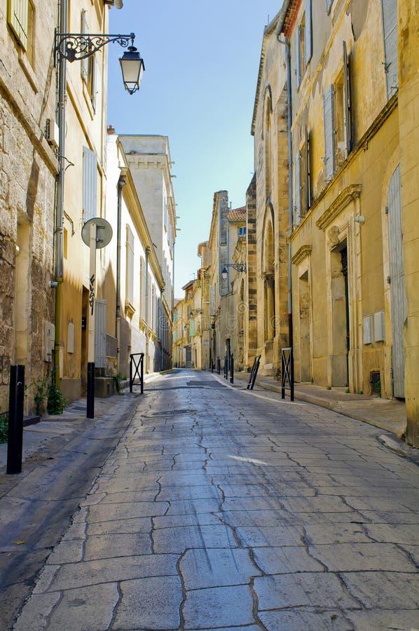 arles法国美丽如画的街道 图库摄影