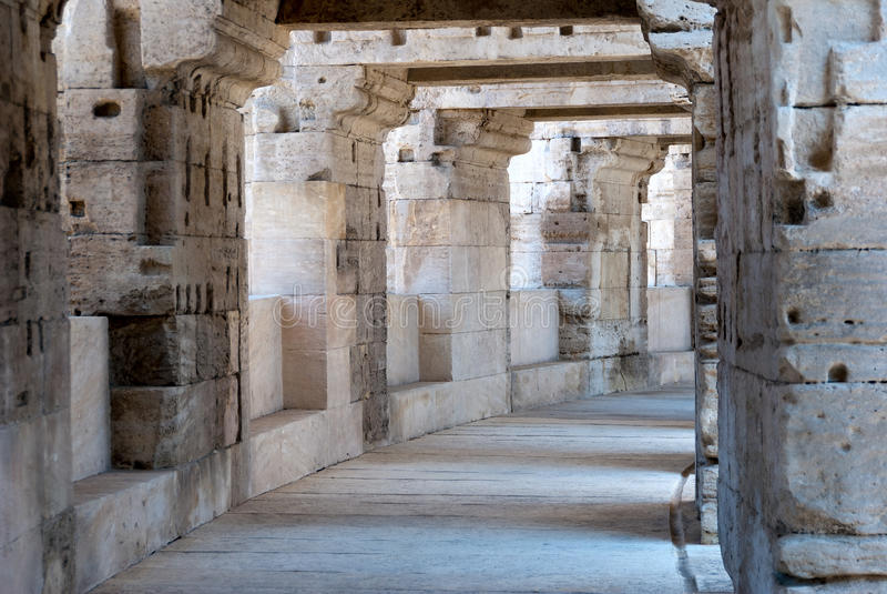 Arles Amphitheate romano fotos de stock royalty free