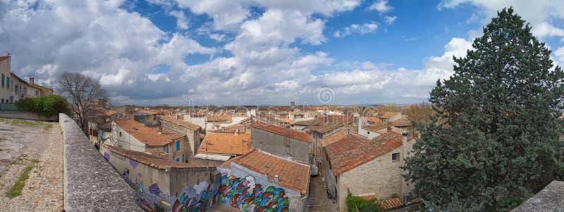 Arles panorama - Camargue - Provence - Frankrike royaltyfri bild