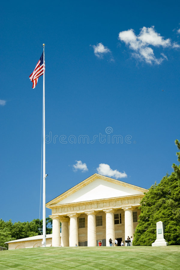 Arlington National Cemetery. Arlington House, The Robert E. Lee Memorial with US flag at Arlington National Cemetery in a sunny day - Washington D.C. 2007 stock images