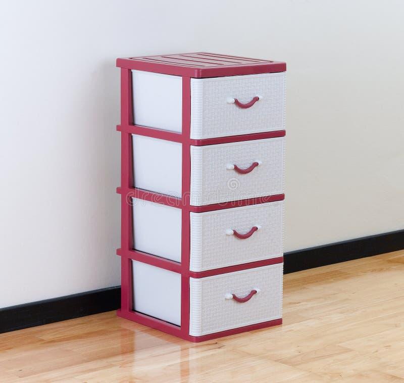 Armario Ropa Ikea ~ Armário Plástico Com Gavetas Imagem de Stock Imagem de gaveta, loja 51864991
