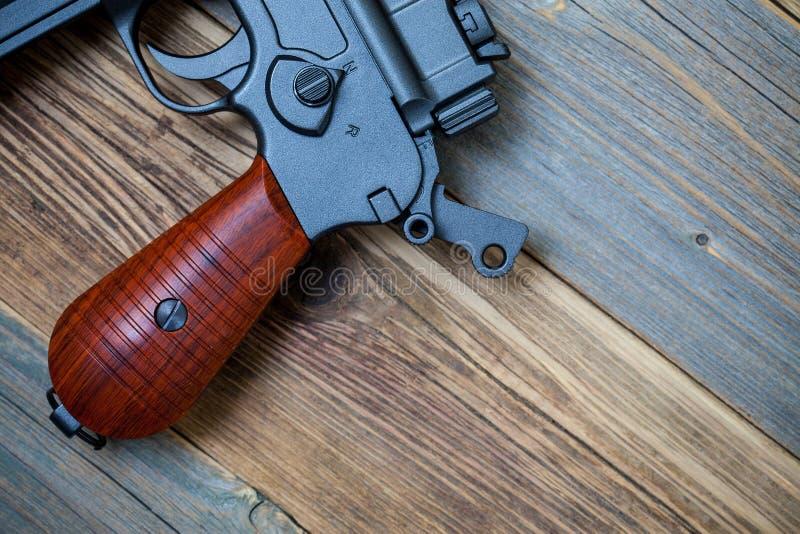 Arma alem?o da pistola de Mauser Fim acima imagem de stock
