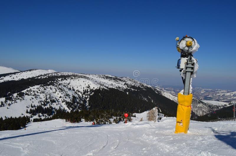 Arma de la nieve imagenes de archivo