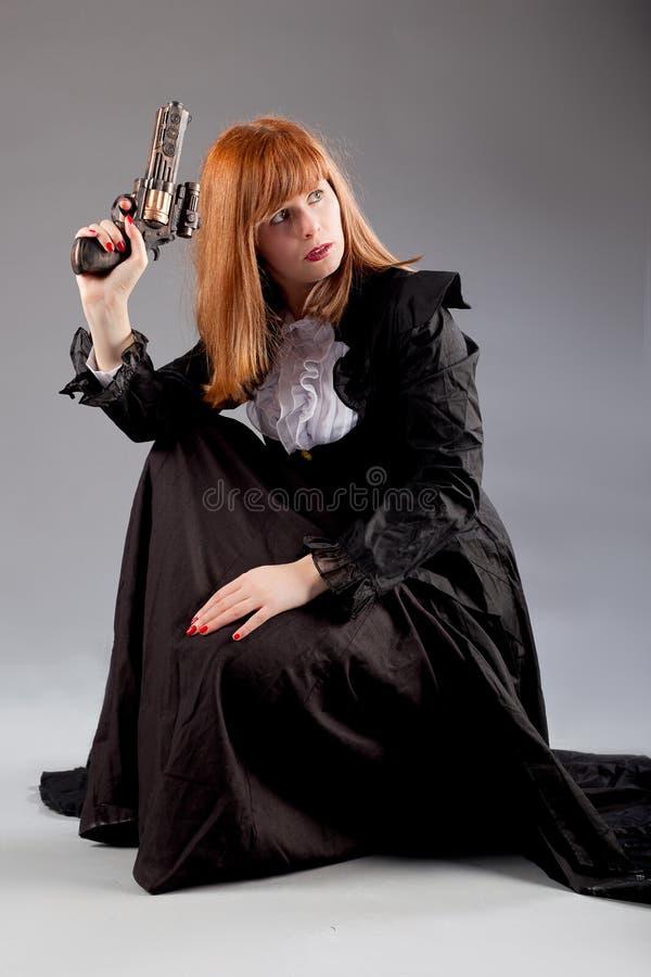 Arma del steampunk de la mujer foto de archivo