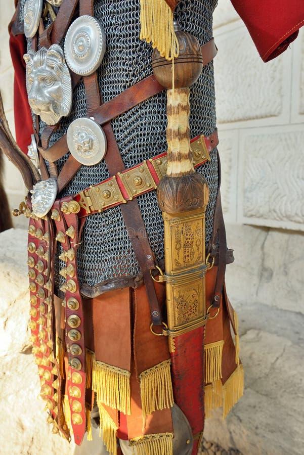Armadura romana do ferro do guerreiro fotografia de stock royalty free