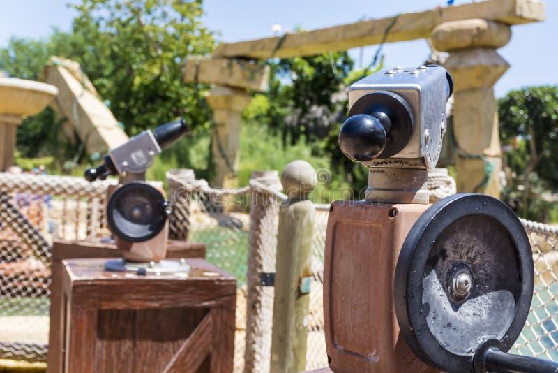 Armas de agua en el área de Angkor en parque de atracciones de Aventura del puerto en España imagen de archivo libre de regalías