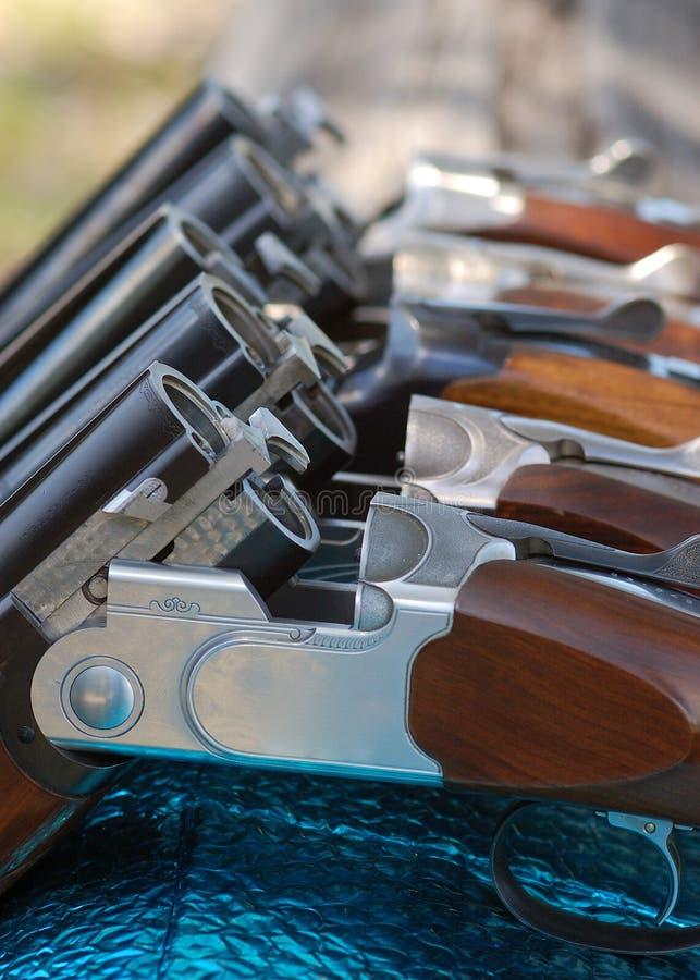 Armas en línea fotografía de archivo