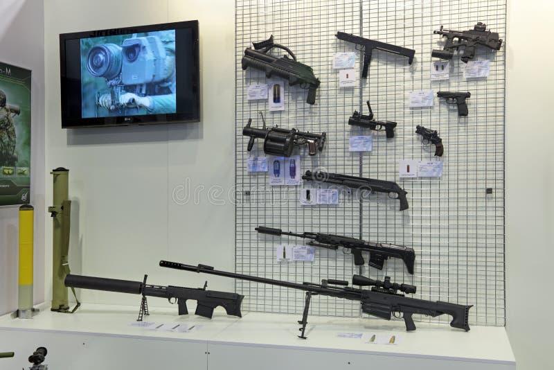 Download Armas ligeras foto editorial. Imagen de lanzador, granada - 41911166