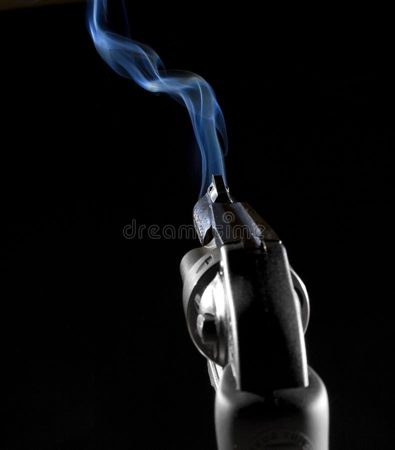 armatni dymienie zdjęcie stock