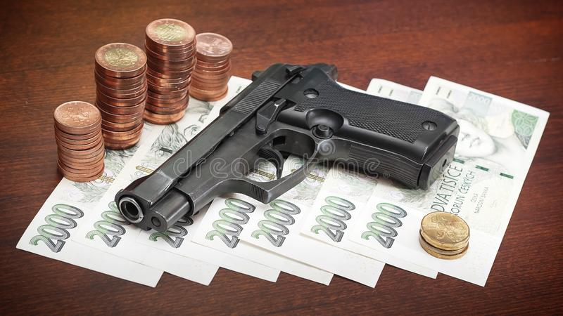 Download Armatni pieniądze zdjęcie stock. Obraz złożonej z czech - 18762864