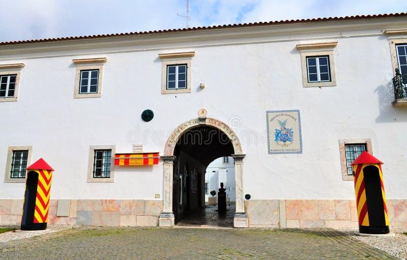 Armatnia brama w kwaterach głównych Żadny pułk kawalerii 3 - Smoki Olivença zdjęcia stock