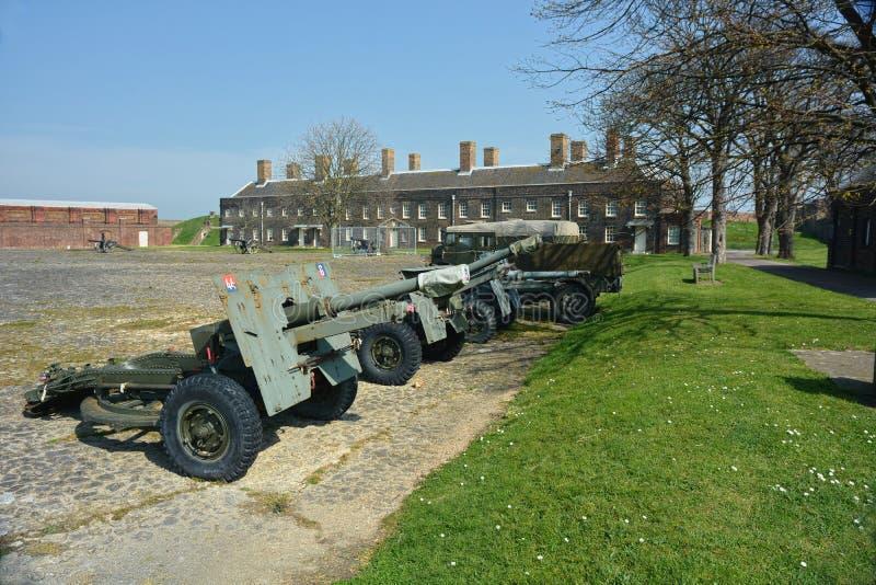 Arme à feu d'artillerie sur l'au sol de défilé de displayon Fort de Tilbury LE R-U photo stock