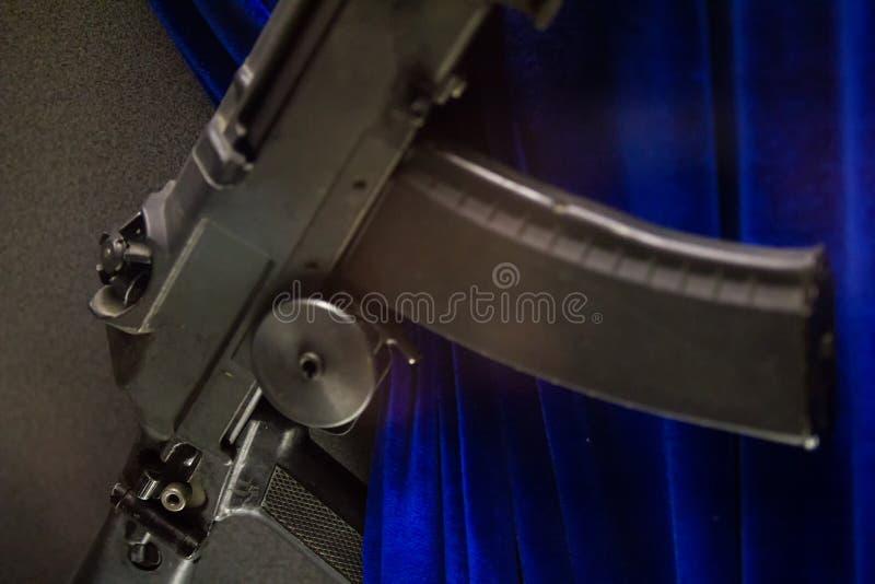 Arme soviétique - fusils d'assaut russes - fermez-vous vers le haut de la vue photo stock