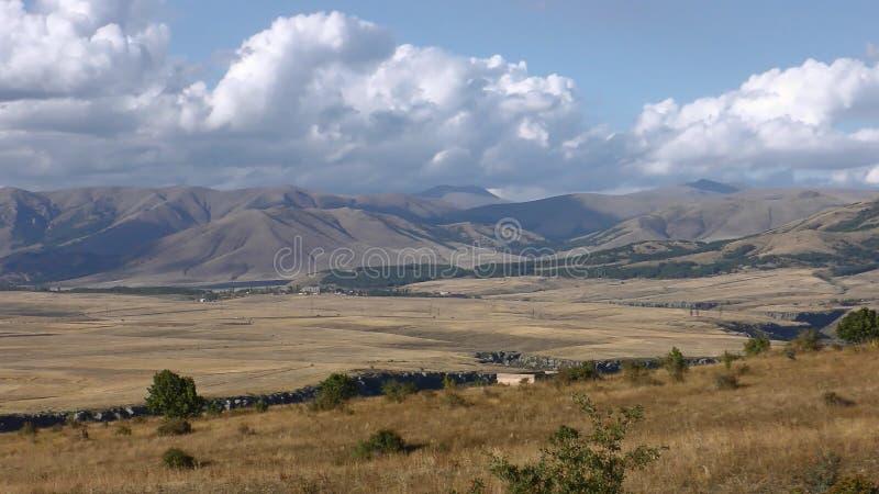 Armenia, jesień kolory w Aragatsotn prowincji zdjęcia stock