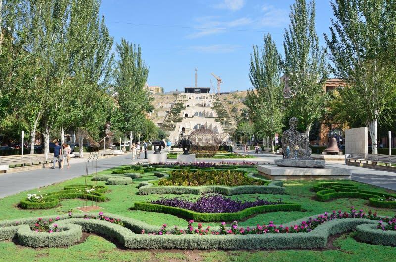 Armenia, las vistas de Ereván, cascada fotos de archivo libres de regalías