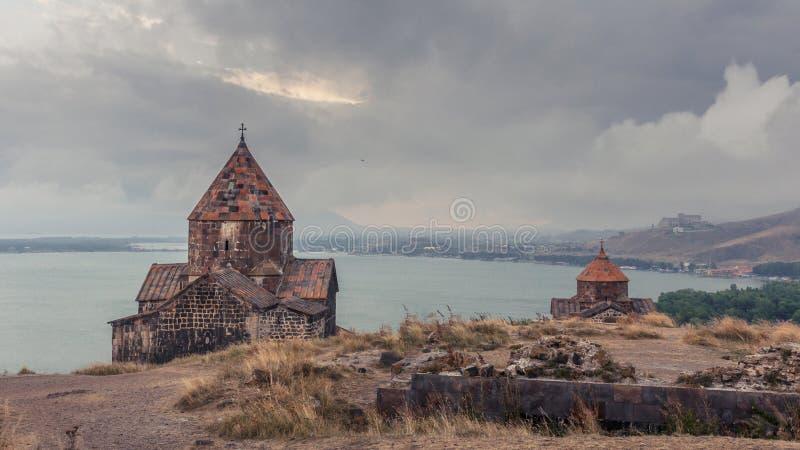 Armenia, Sevanavank monasteru kompleks Widok na kościół zdjęcia stock