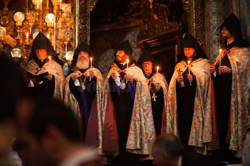 Armenisk ortodox mass i Jerusalem arkivfoton