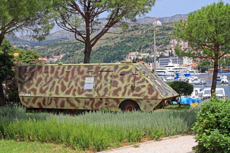 Armerat medel Dubrovnik fotografering för bildbyråer