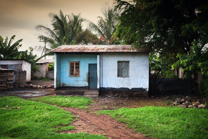 Armod av sydliga Kenya, dåliga villkorar hus arkivfoto