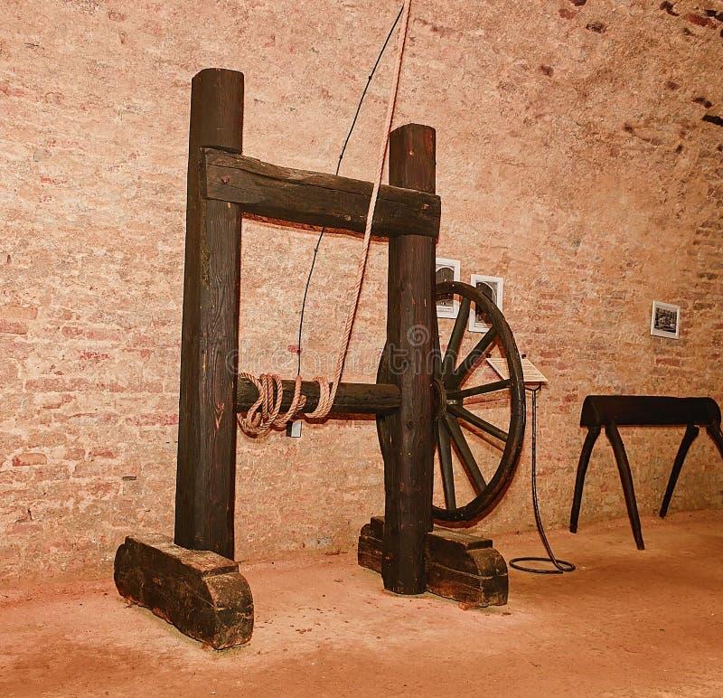 Armoire médiévale de torture Instrument de torture médiéval image libre de droits