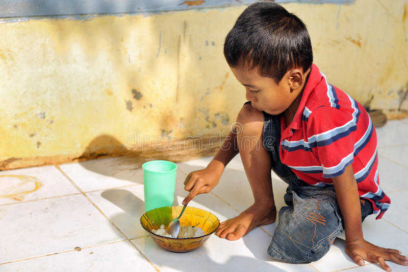 Armut und Hunger stockbilder