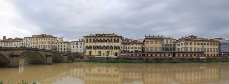 Arno της Φλωρεντίας στοκ εικόνες