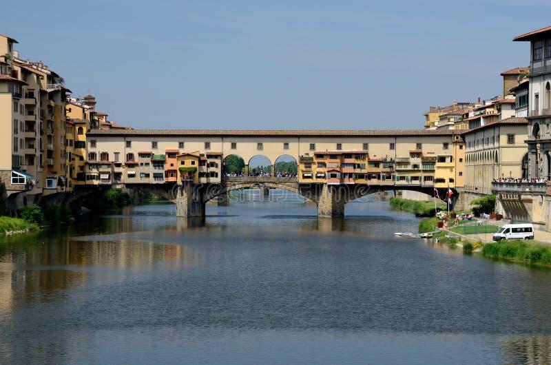arno Florence nad ponte rzecznym Tuscany vecchio zdjęcia stock