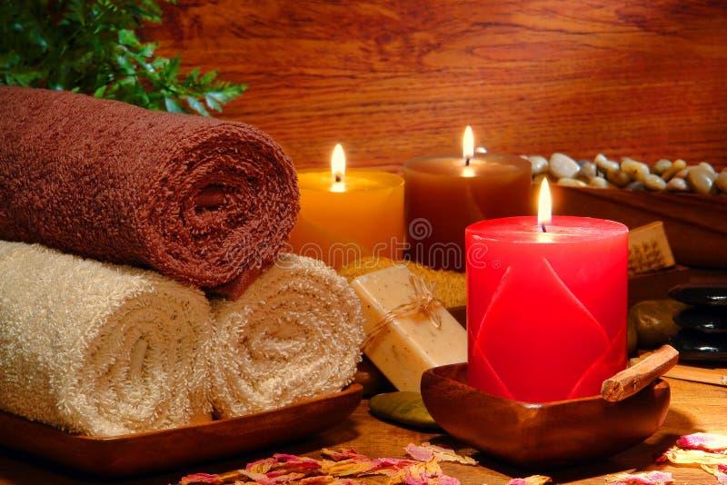 aromatherapy πετσέτες SPA κεριών εορτ&al στοκ εικόνες