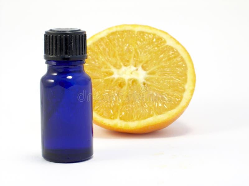 Download Aromatherapy pomarańcze obraz stock. Obraz złożonej z plasterek - 136701