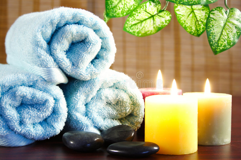 Download Aromatic Candles,towel And Leaf Stock Image - Image: 3768711